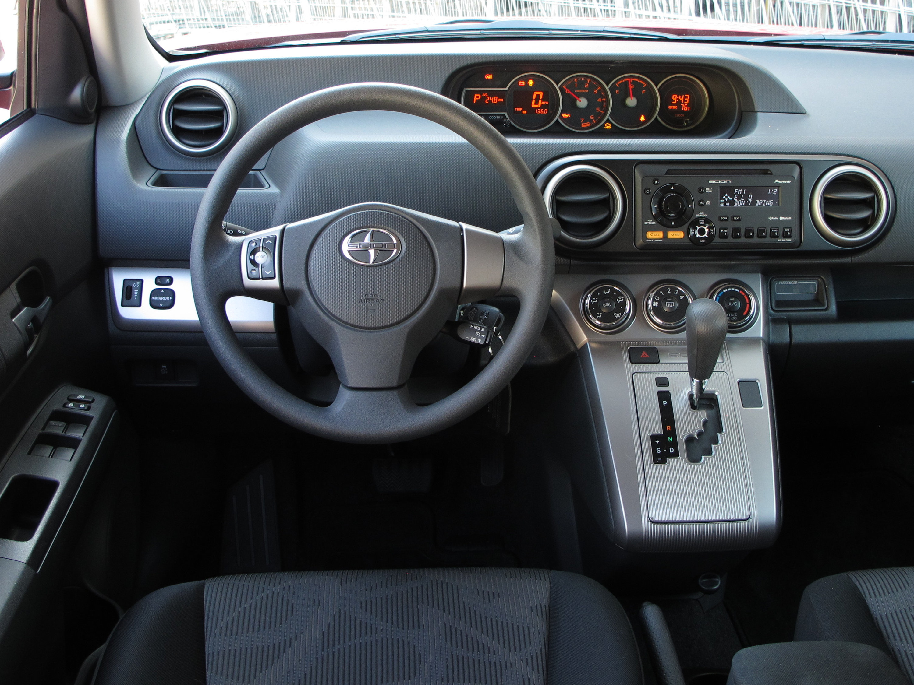 2013 Scion Xb #9