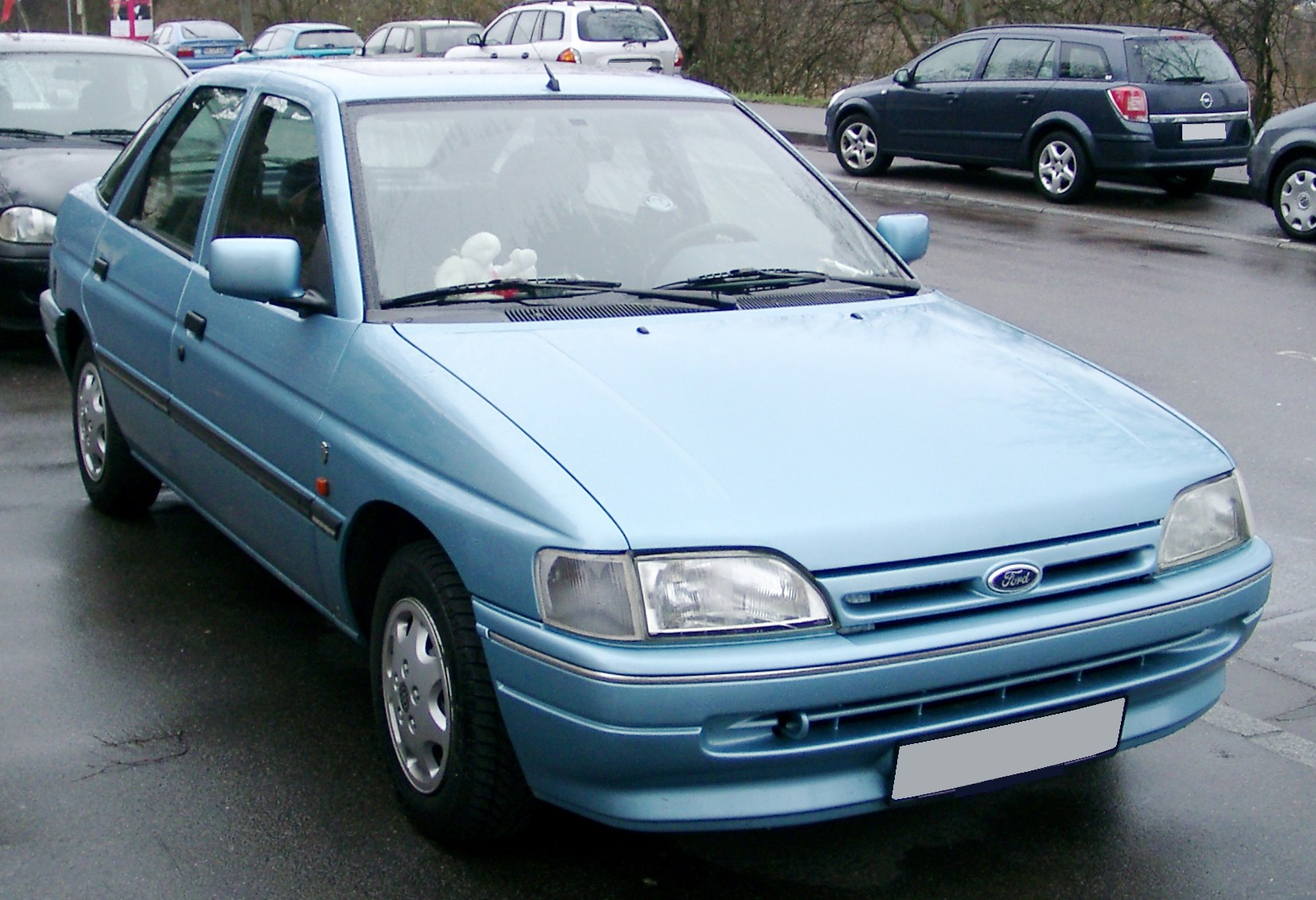 1992 Ford Orion #4