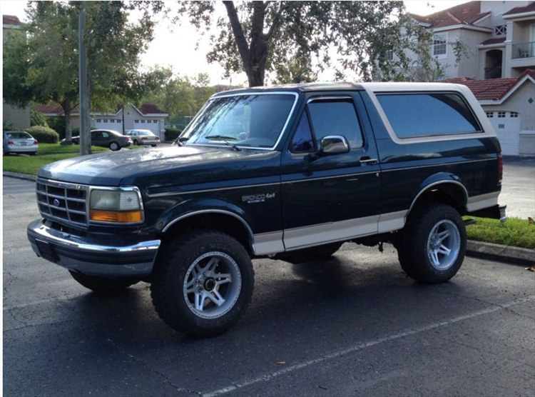 1993 Ford Bronco #9