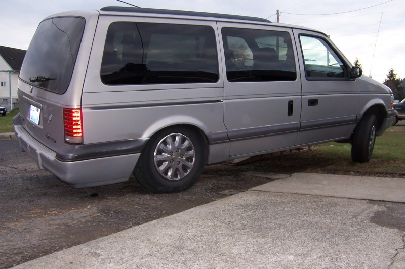 1994 Plymouth Grand Voyager #12