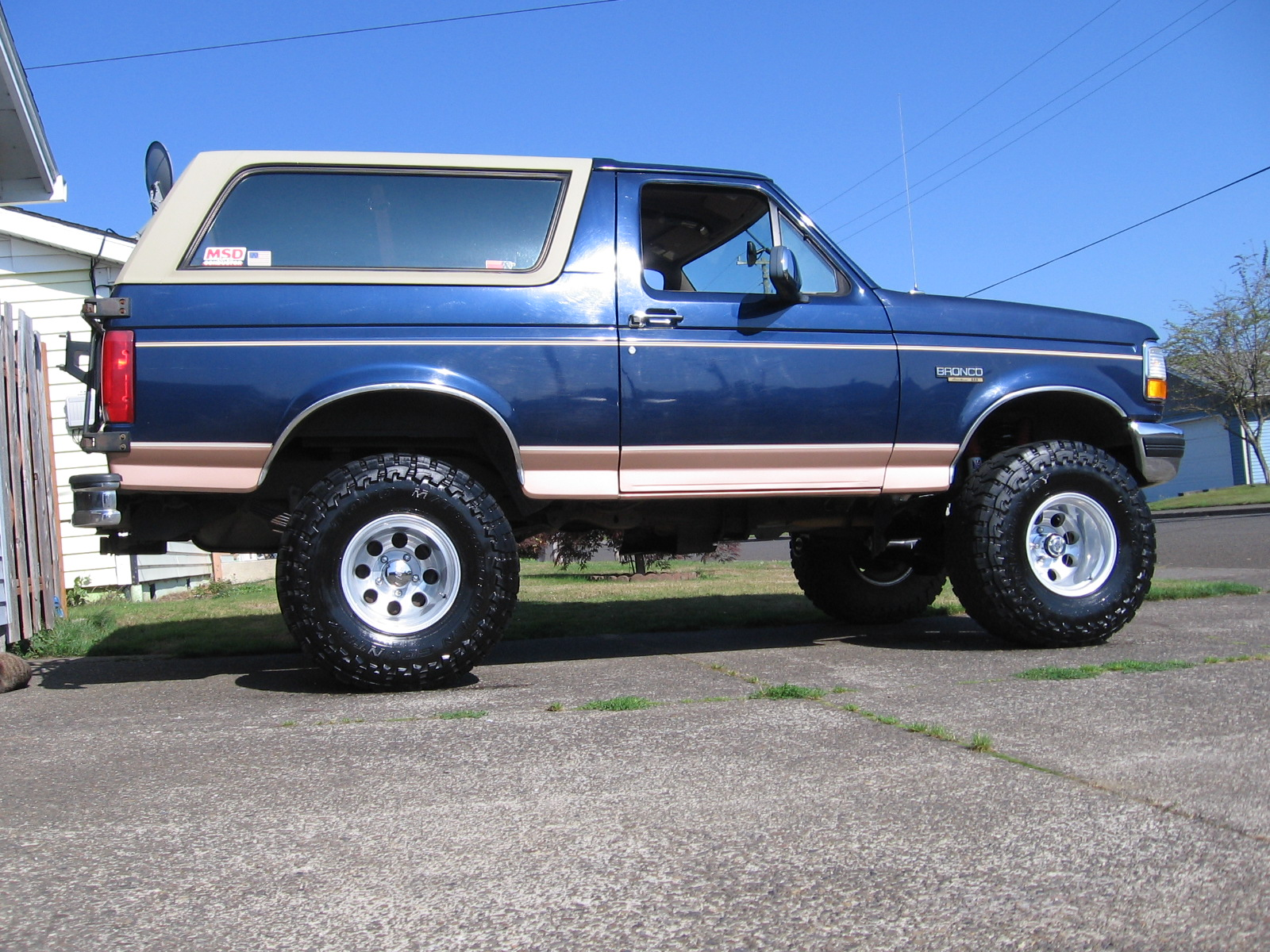 1995 Ford Bronco #2