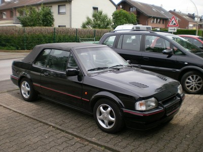 1990 Ford Orion #7