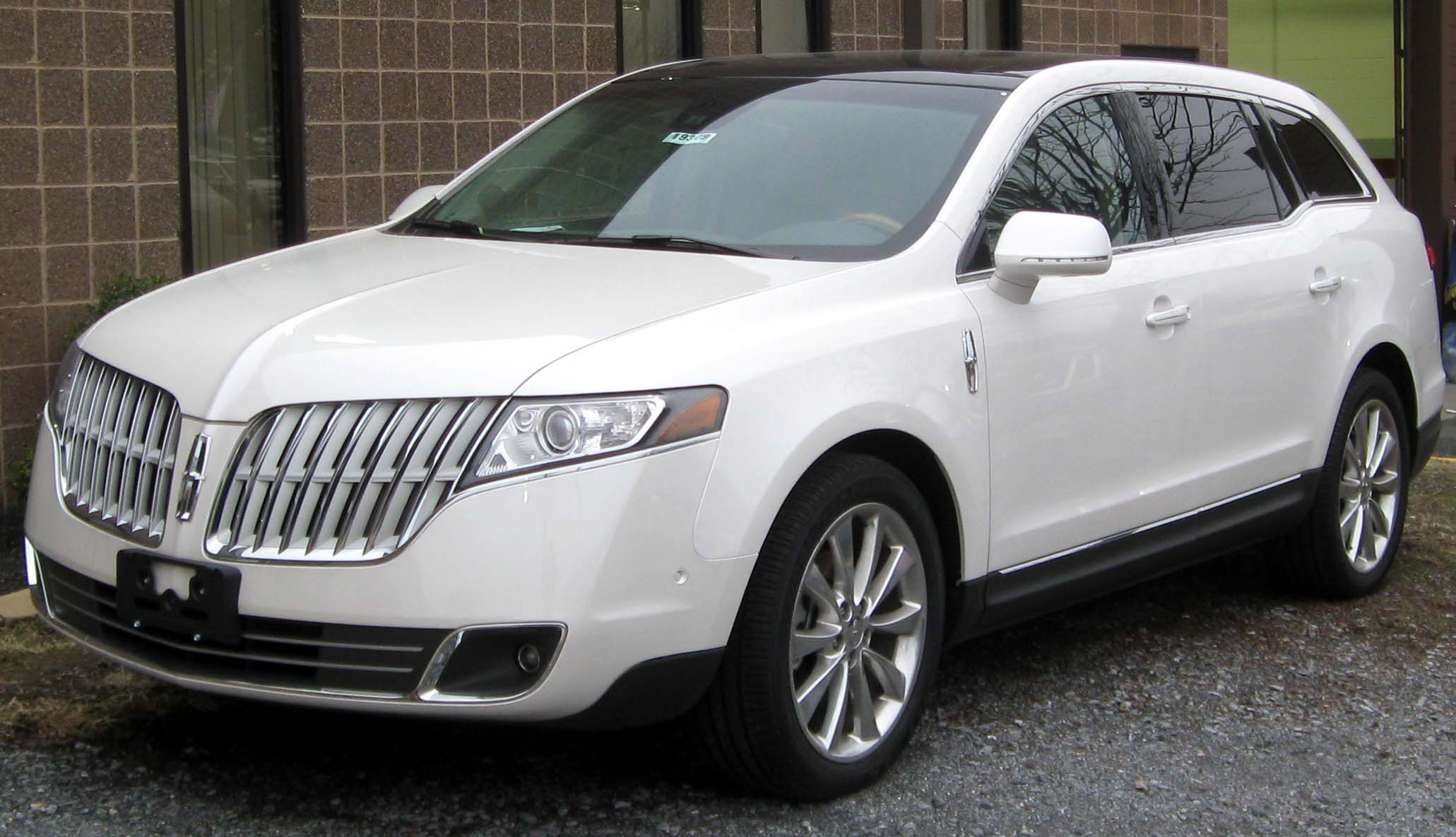 2011 Lincoln Mkt Photos Informations Articles
