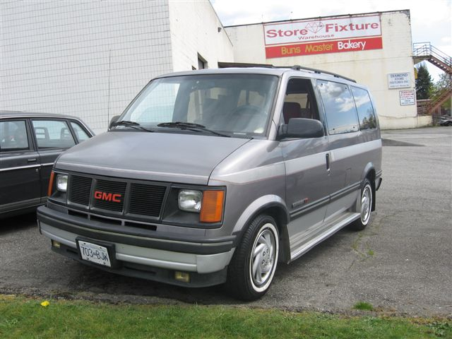 1993 GMC Safari #14
