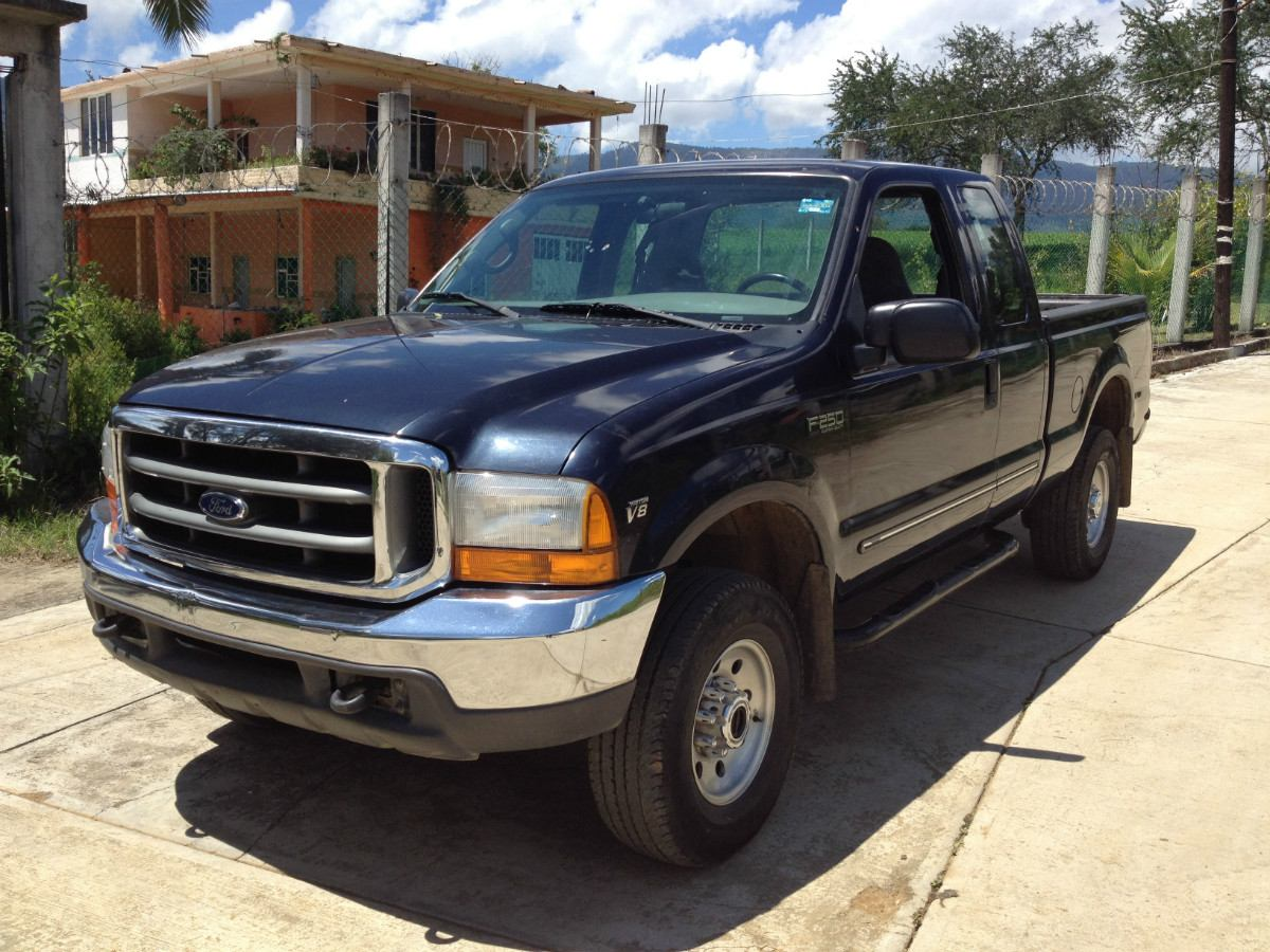 2000 ford f 250 super duty photos informations articles. Black Bedroom Furniture Sets. Home Design Ideas