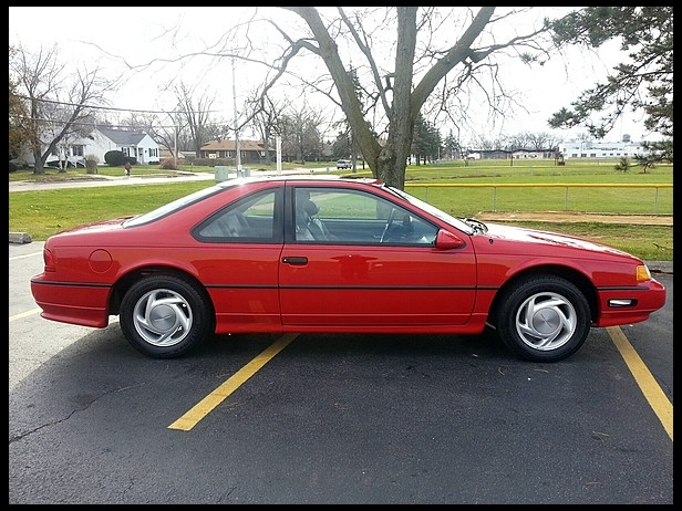 1992 Ford Thunderbird #10