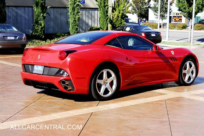 2010 Ferrari California #12