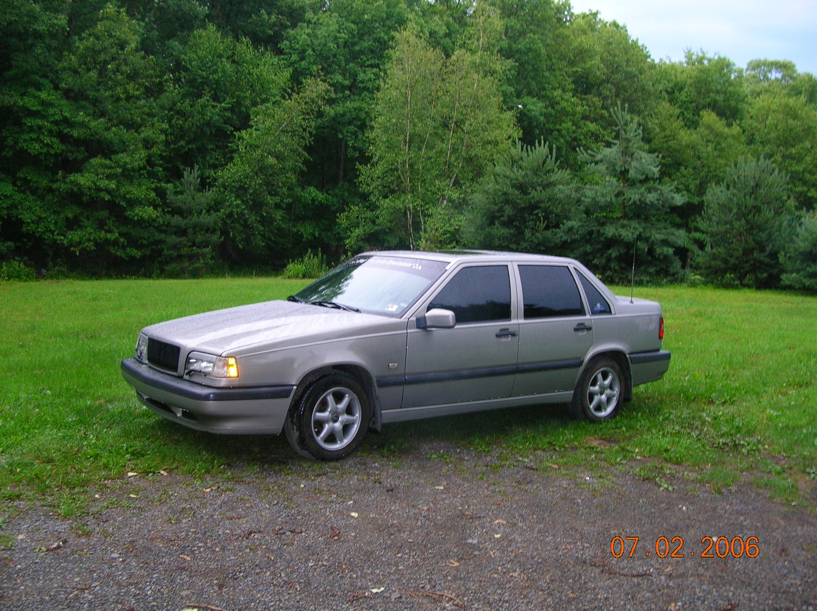 1995 Volvo 850 Photos, Informations, Articles - BestCarMag.com