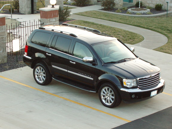 2007 Chrysler Aspen #13