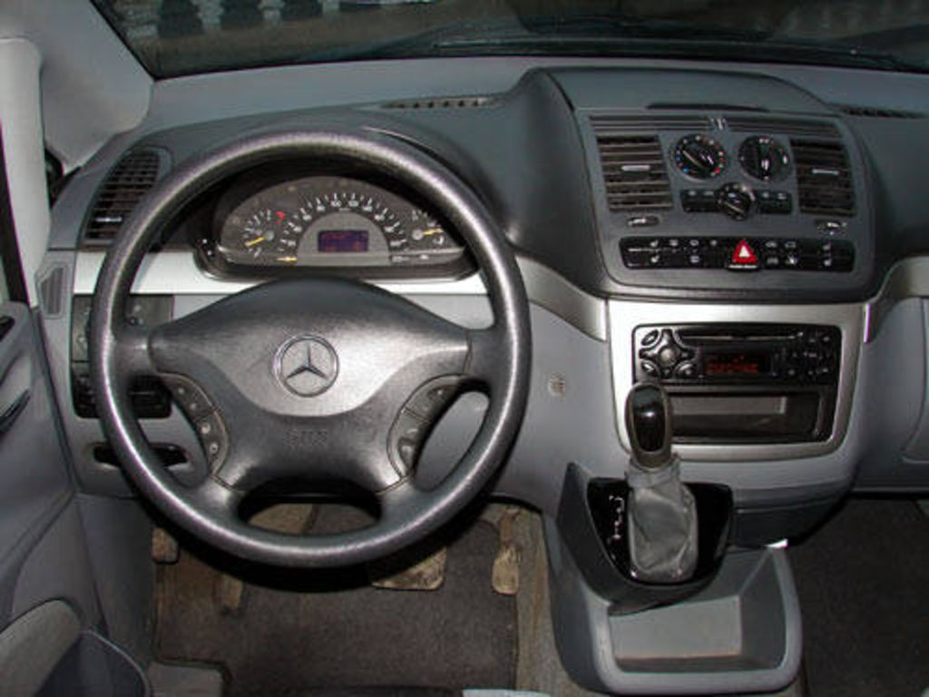 2003 Mercedes-Benz Viano #10