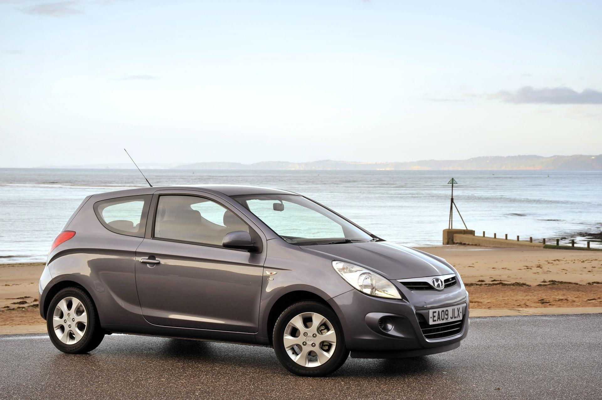 2011 hyundai i20 photos informations articles. Black Bedroom Furniture Sets. Home Design Ideas