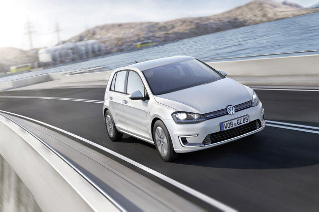 2015 Volkswagen E-golf #13
