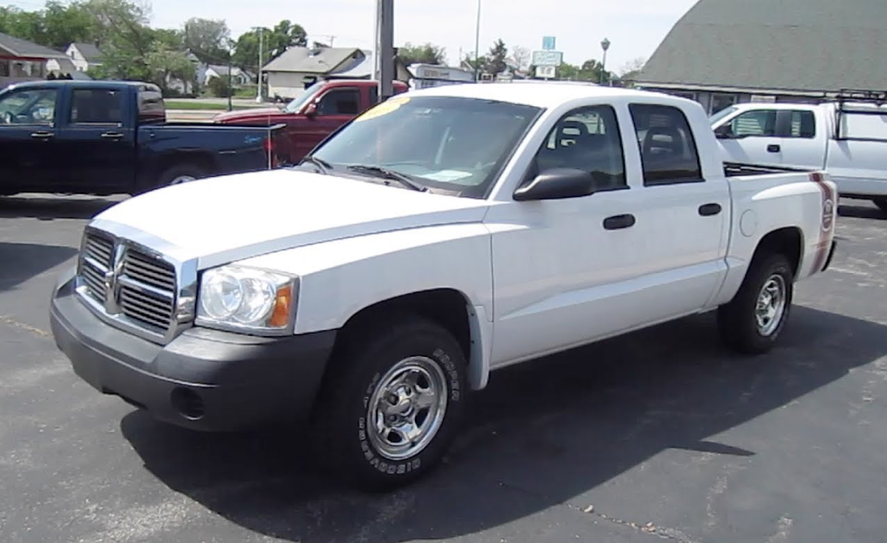 2005 Dodge Dakota 11