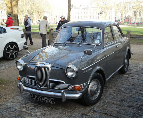 1960 Riley One-Point-Five #10