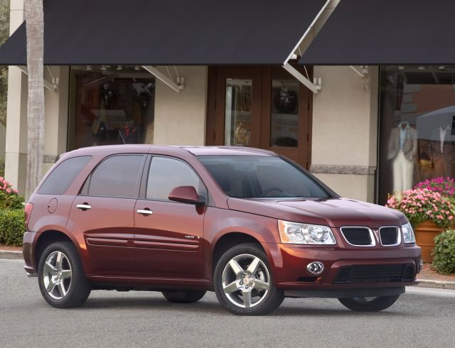2009 Pontiac Torrent #3