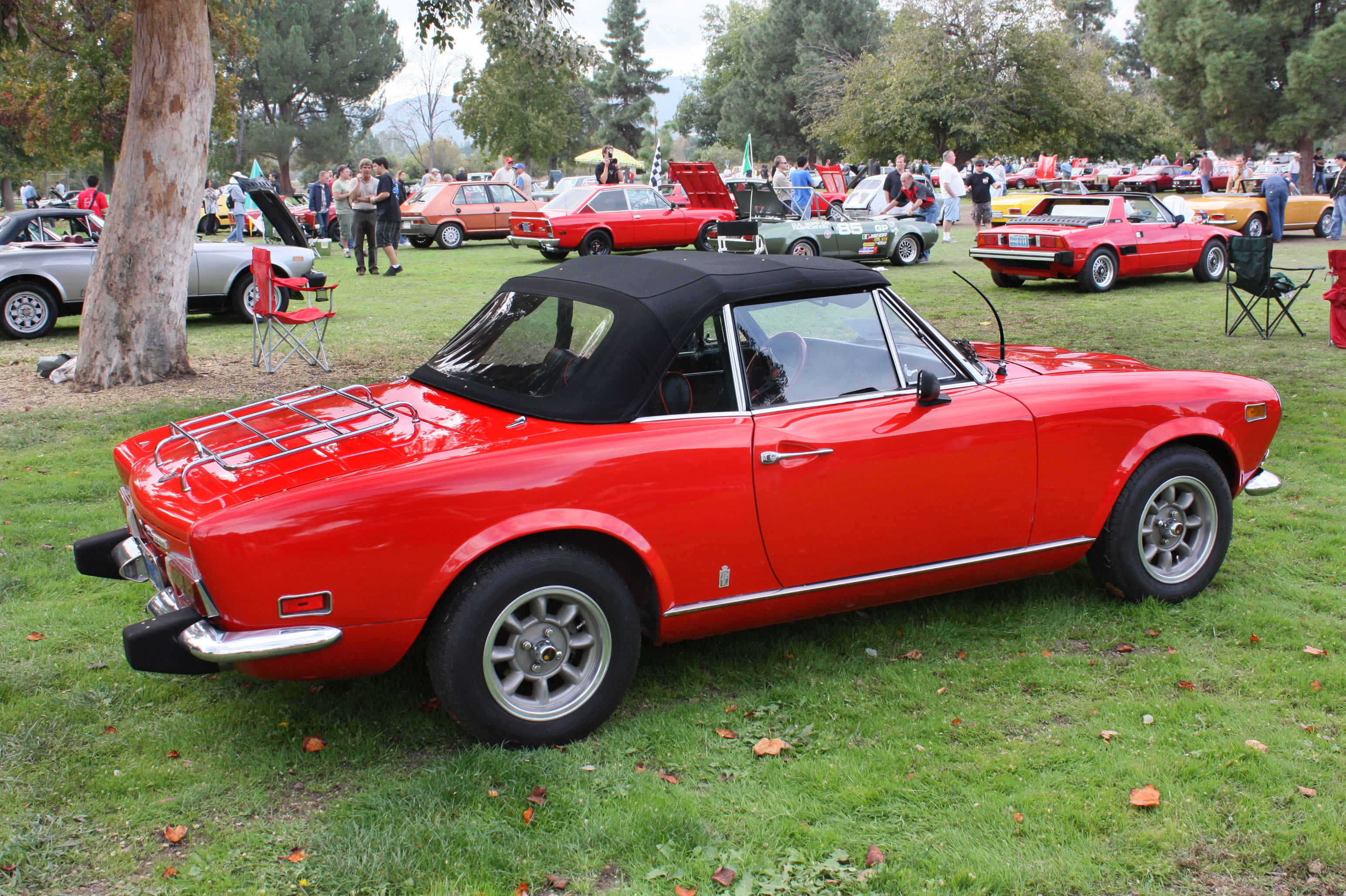 1974 Fiat 124 Photos, Informations, Articles - BestCarMag.com