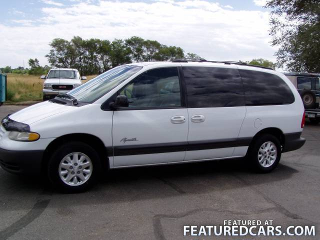 1999 Plymouth Grand Voyager #4