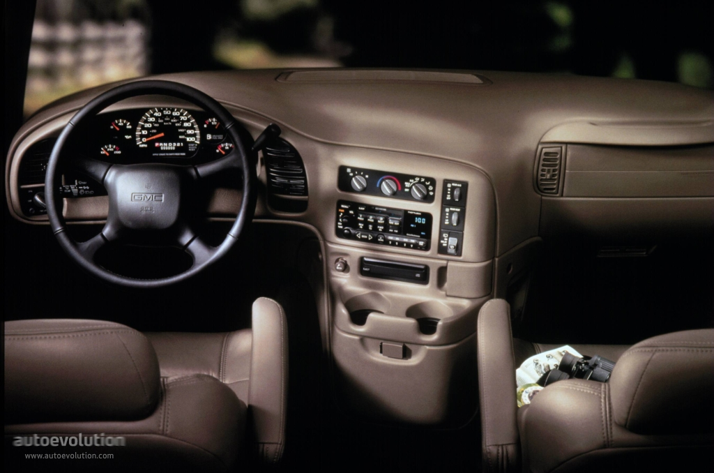 2005 GMC Safari #6
