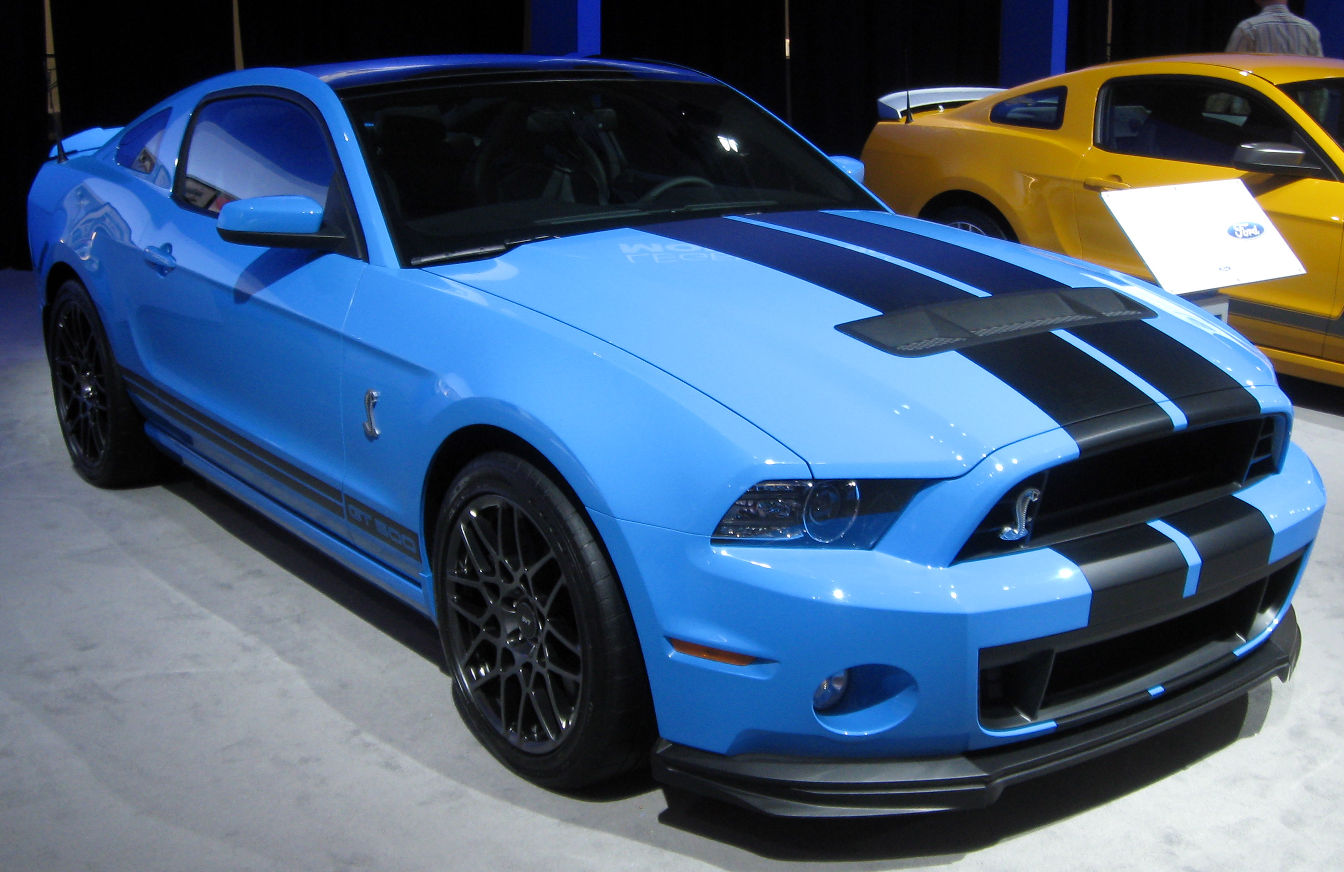 2013 Ford Mustang #12