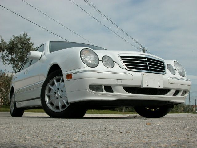 2000 mercedes benz e class photos informations articles for 2000 mercedes benz e class e320