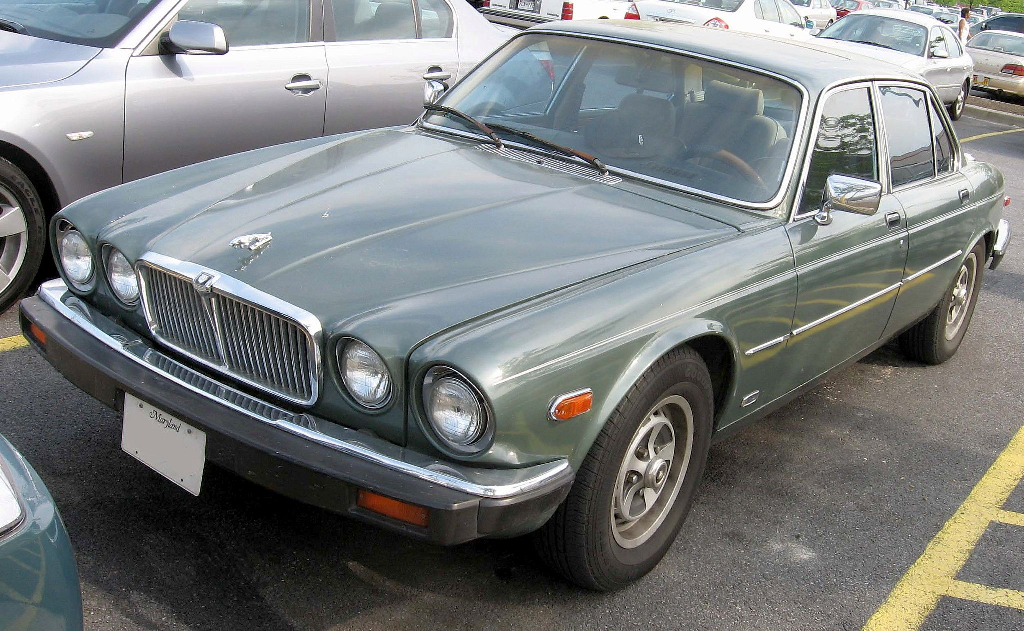 Jaguar Xj-series #9