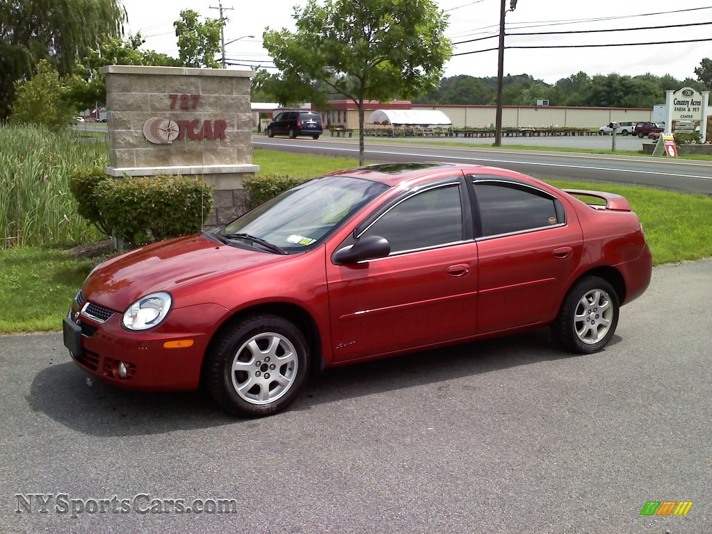 2005 Chrysler Neon #16