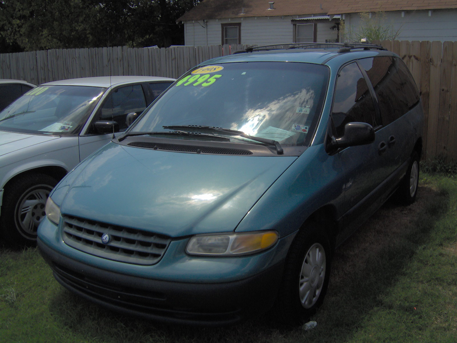 1998 Plymouth Voyager #3
