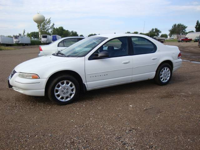 2000 Chrysler Cirrus #9