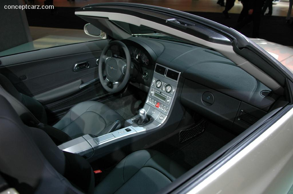 2006 Chrysler Crossfire #4