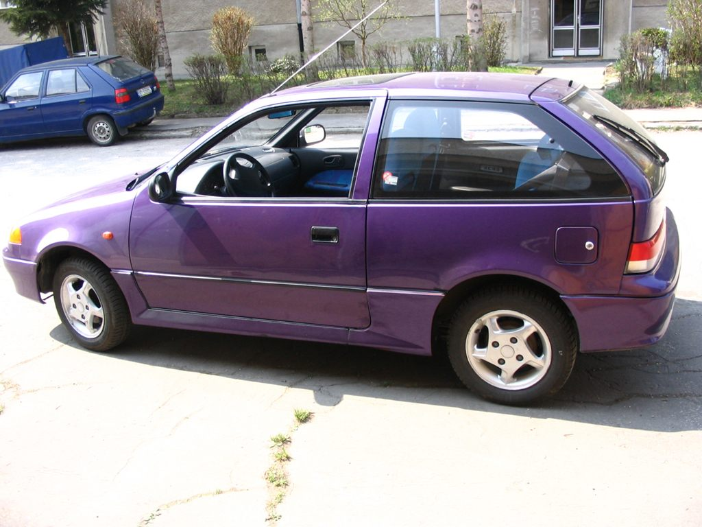 1998 Suzuki Swift #1