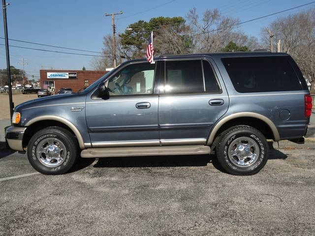 2002 Ford Expedition #3
