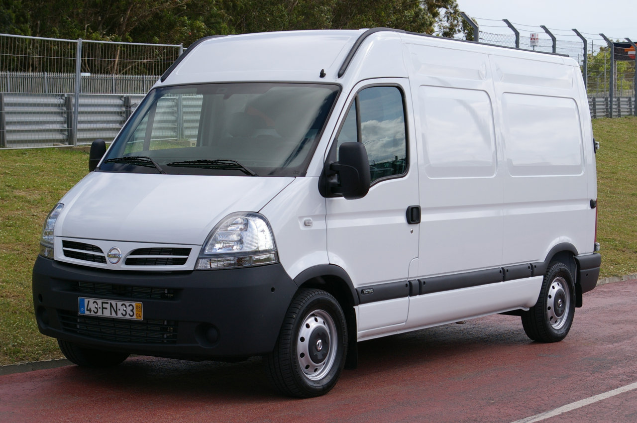 2006 Nissan Interstar #5