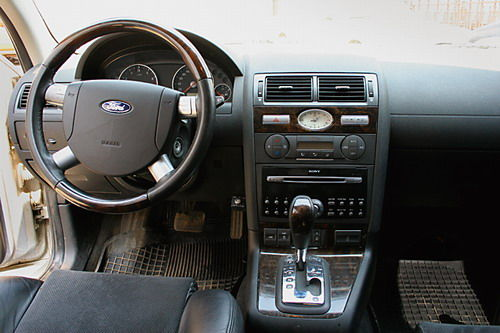 2003 Ford Mondeo #16