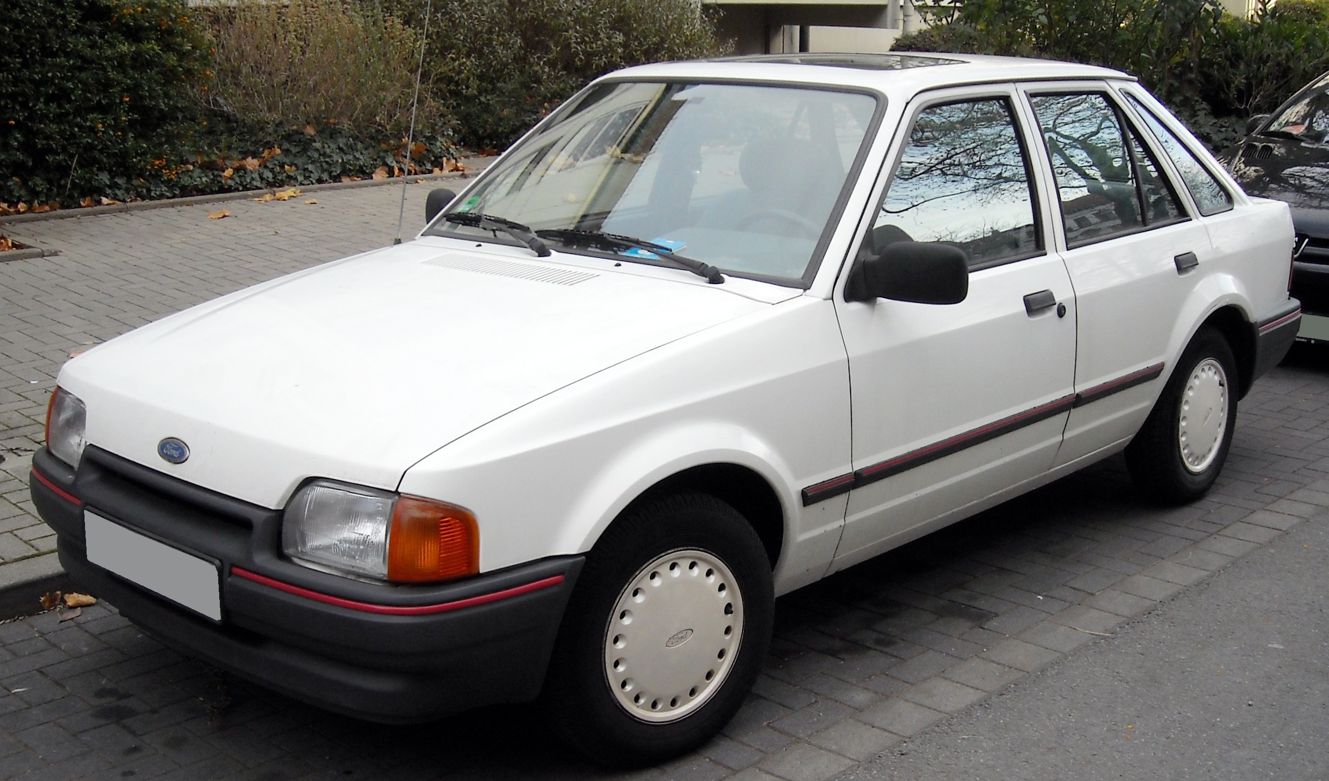 1986 Ford Orion #1