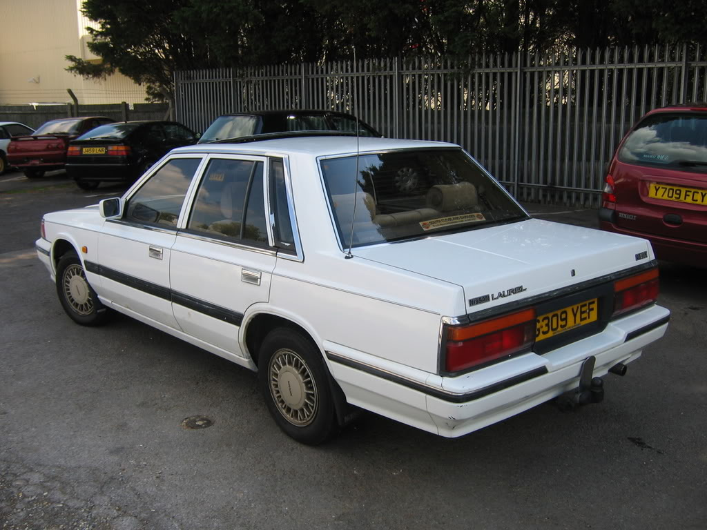 1989 Nissan Laurel #10