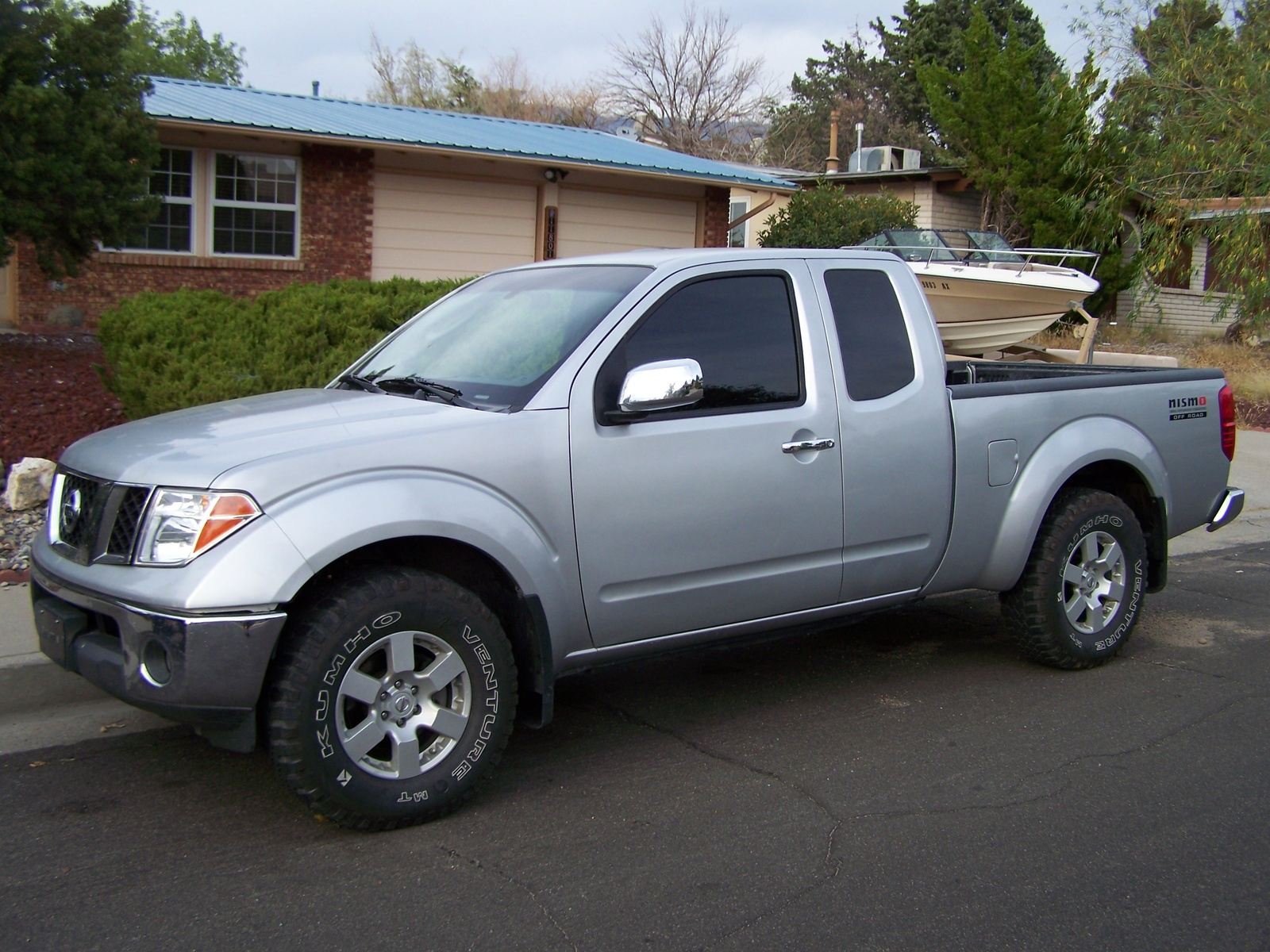 2006 nissan frontier photos informations articles. Black Bedroom Furniture Sets. Home Design Ideas