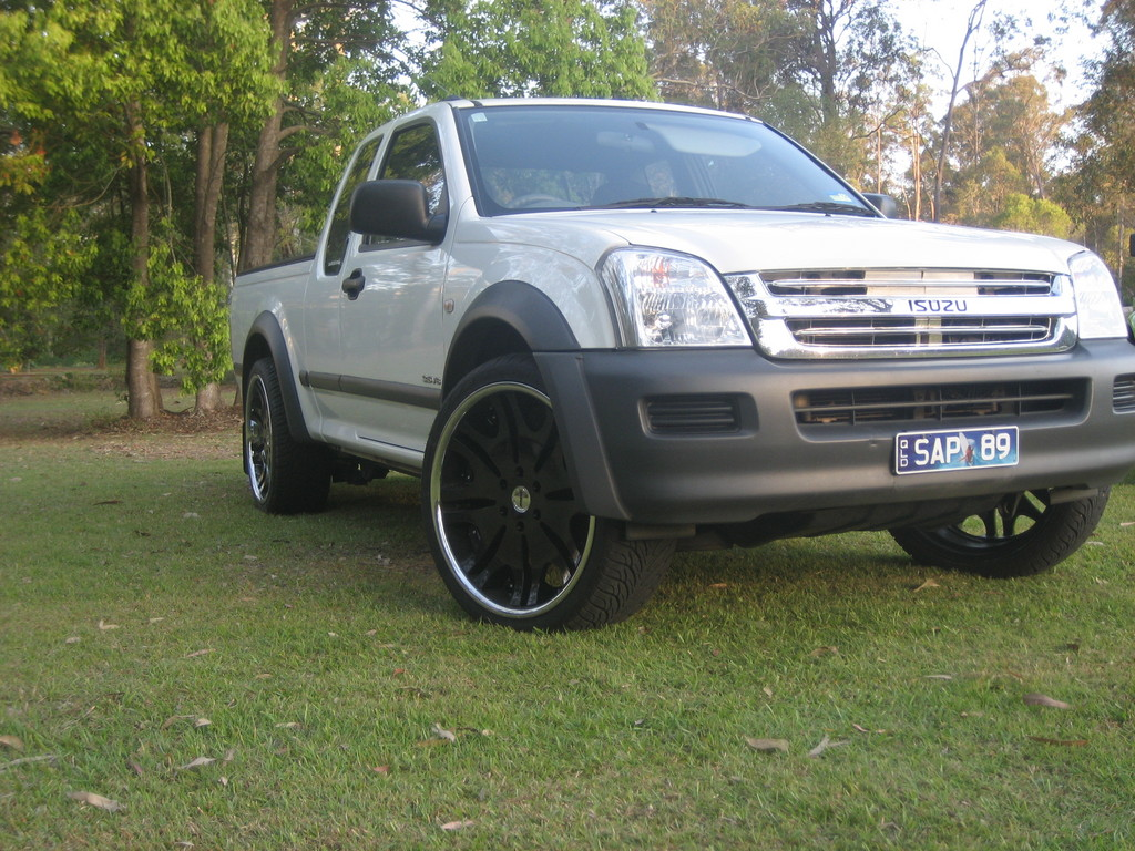 2004 Holden Rodeo #1