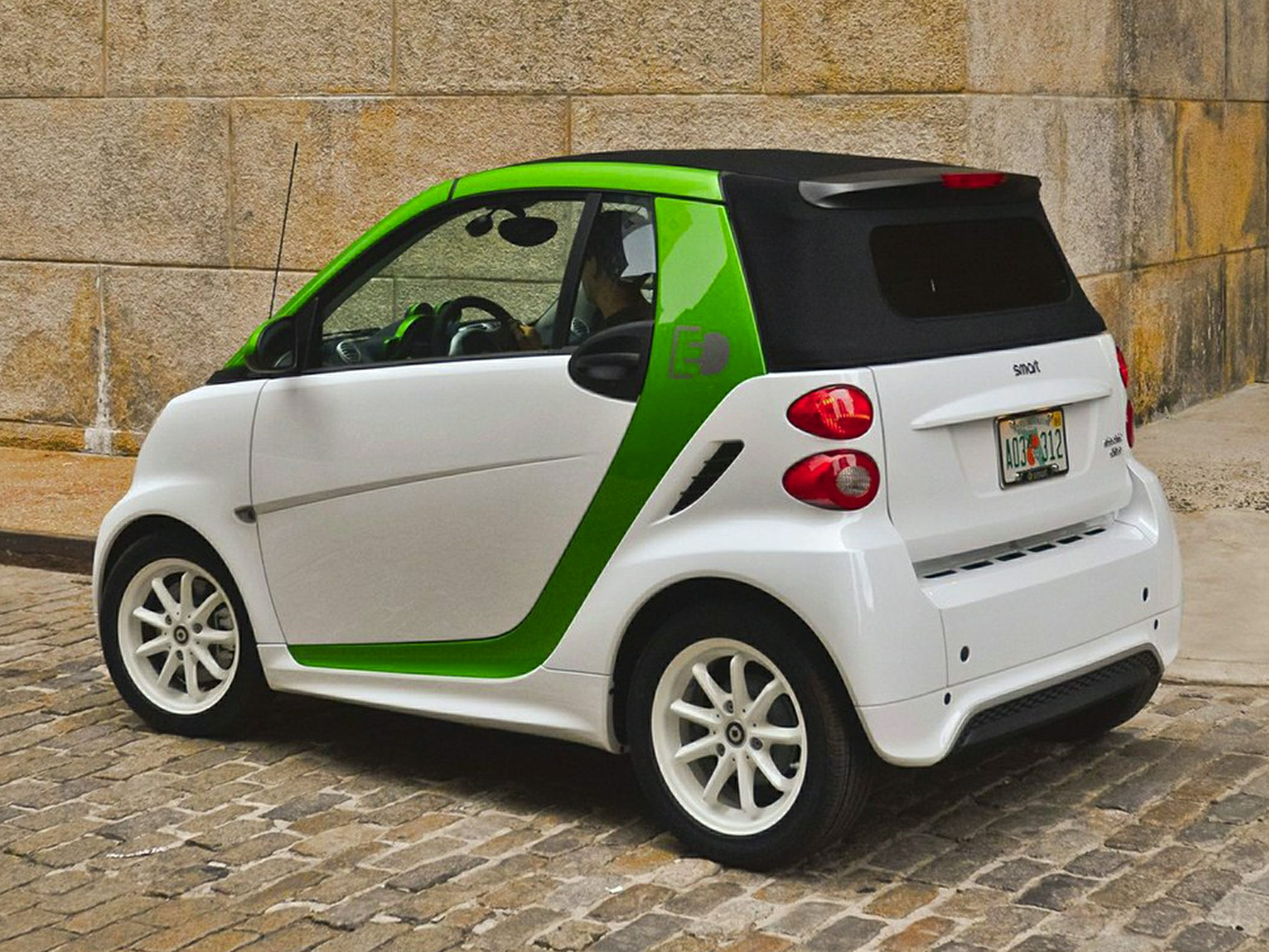 2014 Smart Fortwo #14