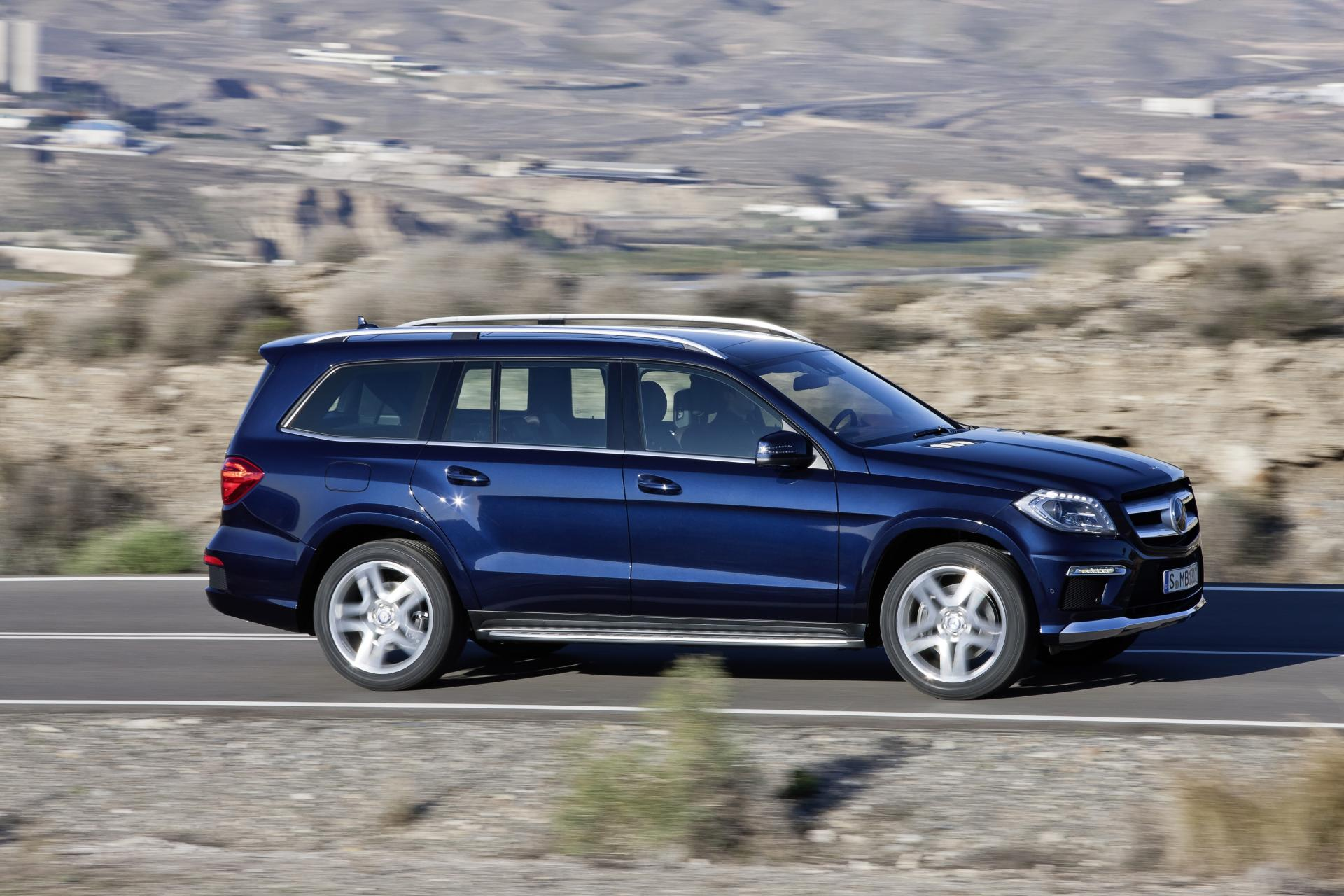 Mercedes-Benz GL #16
