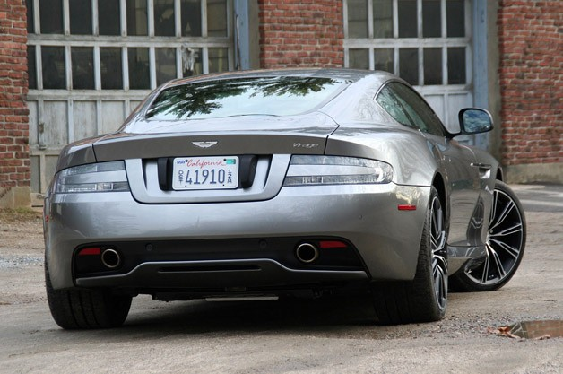 Aston Martin Virage #15