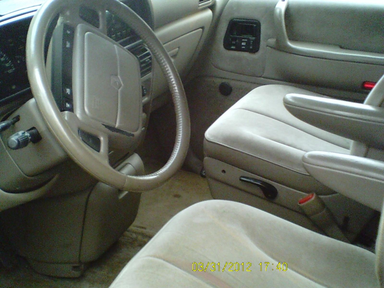 1994 Plymouth Voyager #17