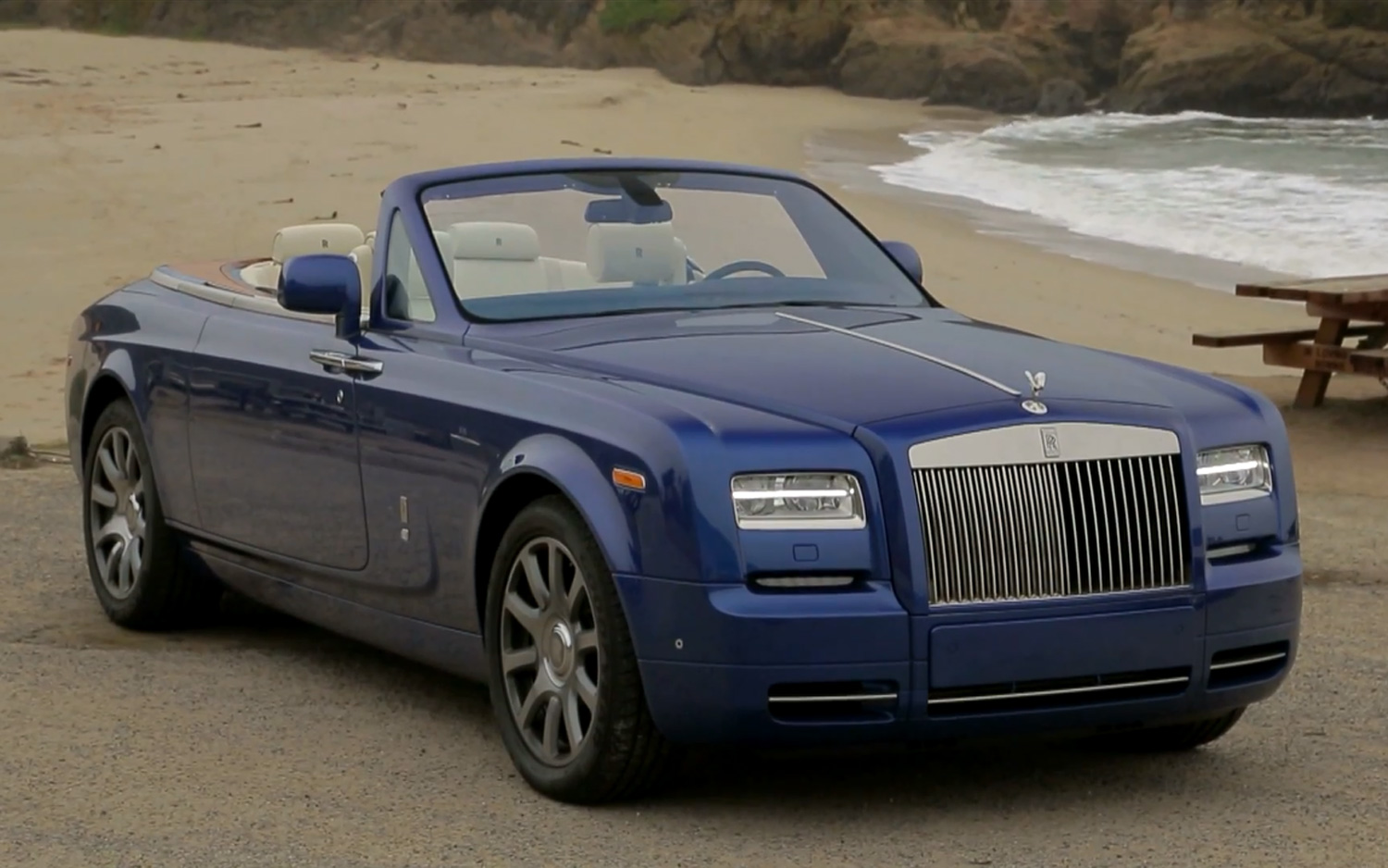 Rolls Royce Phantom Drophead Coupe #9