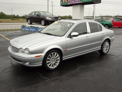 2007 Jaguar X-type #11