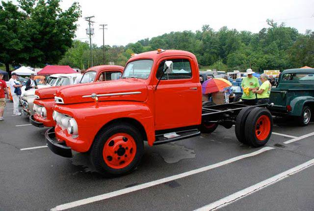 1952 Ford F #11