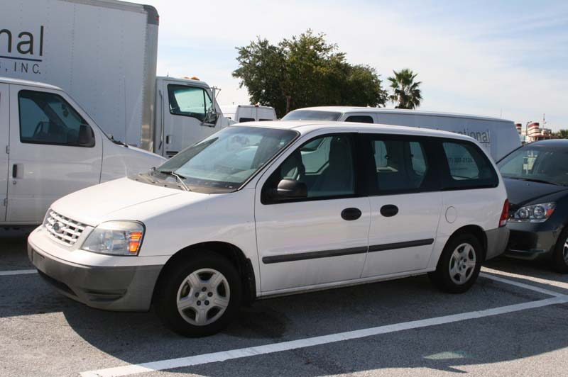 2004 Ford Freestar #8