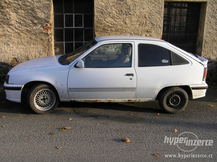 1995 opel kadett photos  informations  articles