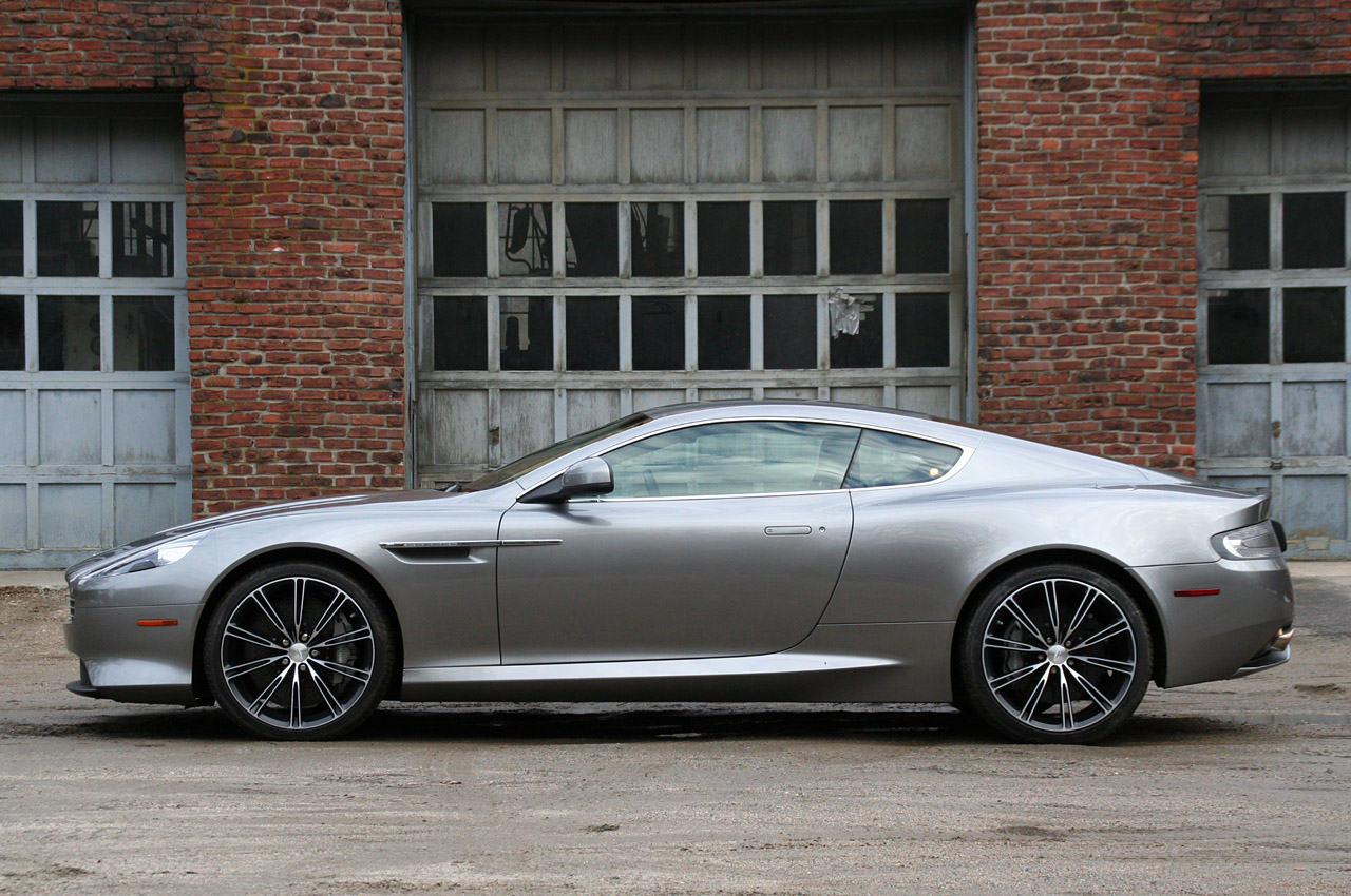 2012 Aston Martin Virage #14