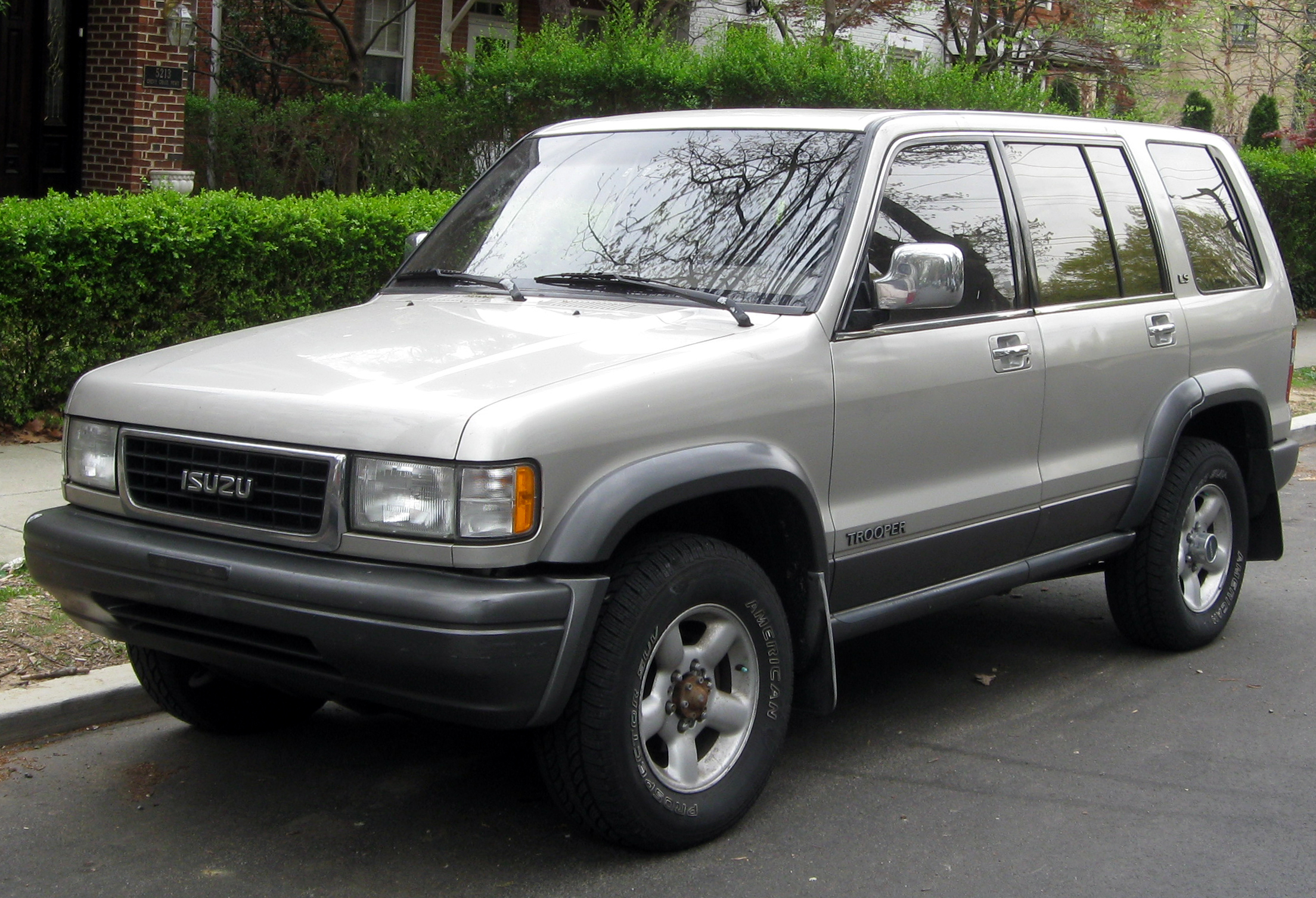 1994 Isuzu Rodeo Diagram Wiring Schematic 1999 4x4 Vacuum Trooper Photos Informations Articles Bestcarmag Com Fuse Box
