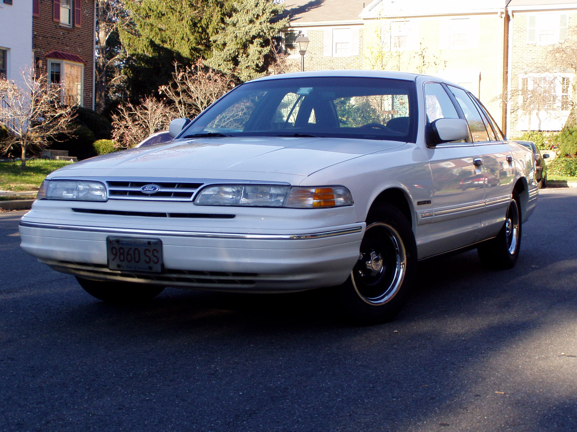 1995 Ford Crown Victoria #7