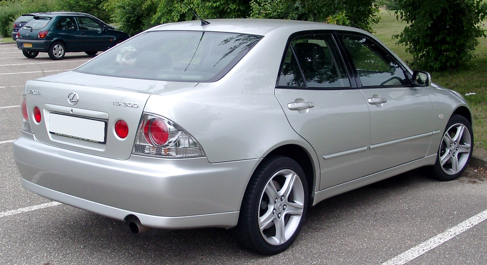 Lexus Is 300 #16